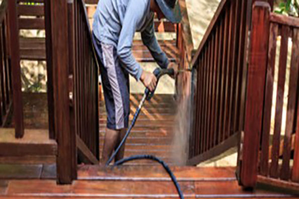 Deck & Stairs Pressure Washing